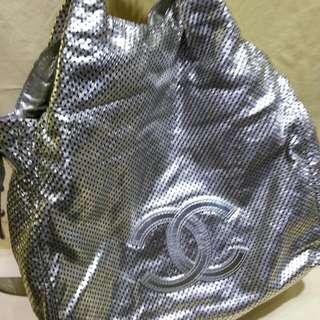 Chanel 銀色全皮2用袋8成新
