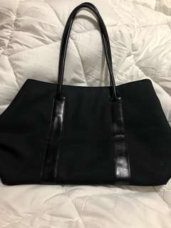 Anne Taylor Black Carry All Tote