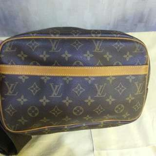 Lv report bag 7成新