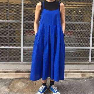 自家製藍色吊帶長裙
