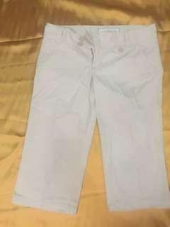 Celana Tanggung