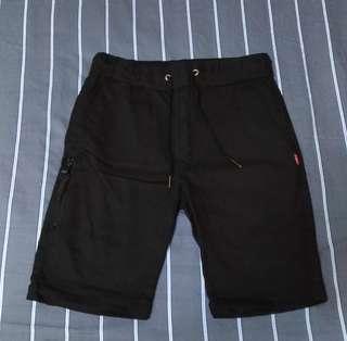 🚚 潮流短褲