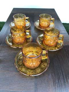 1970s French Vereco Amber tea cups set