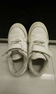 Blessing Size 28 White shoes for preschool