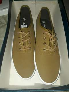 "American Eagle ""BODHI"" from jeddah size 9"