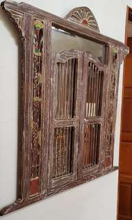 Decorative shelves . Solid Mahagony solid .almost as good as new.self collect. Hand phone 9080469