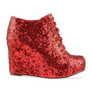 🚚 Jeffrey Campbell 99ties in Red Glitter size 5