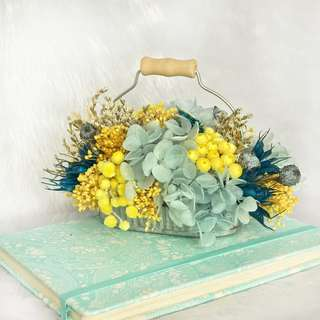 Small Table Arrangement - Vintage Summer Wonder