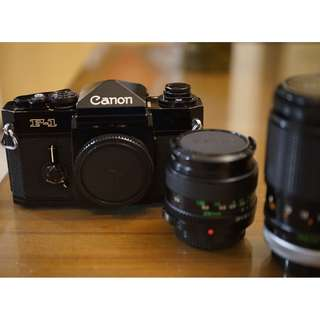 8成新初代微露銅 Canon F1 F-1單眼底片機皇+加購 FD 28mm F2.8,135mm F2.5 (A-1