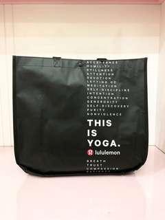 Lululemon paper bag / shopping bag