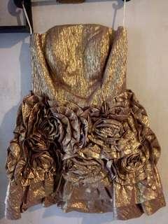 Mini Dress untuk Pesta (1x Pakai)