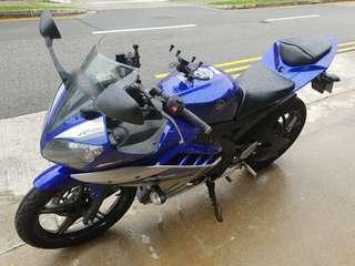 Yamaha YZF-R15 v2