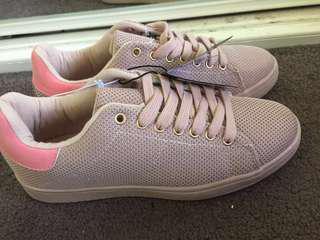 Rubi rose knit Cathryn sneaker