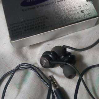 S8 earphone