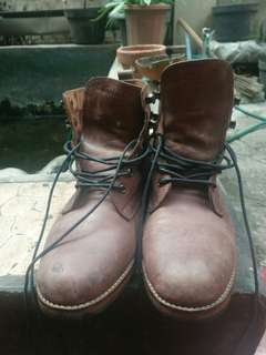 Guten inc Logan boots