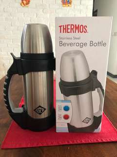 Thermos Vacuum Insulated Stainless Steel Beverage Bottle 1.0 L