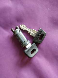 Vespa PX ignition lock and key
