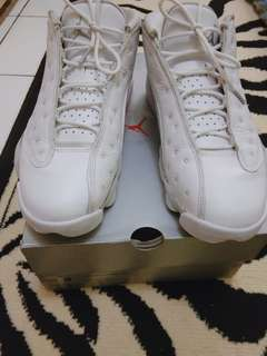 Jordan retro 13 low white