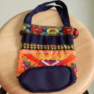 Taiwanese Drawstring Bucket Bag Embroidery
