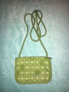 wallet w/ shoulder strap