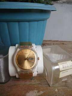 Swatch SUOK702B