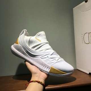 安德瑪 Under Armour Curry 5 籃球鞋