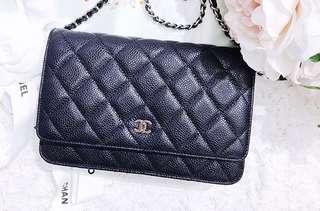 Chanel classic WOC