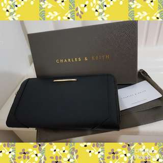 Super Sale Charles & Keith Dompet hitam