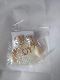 韓版 耳環 貝殼 閃