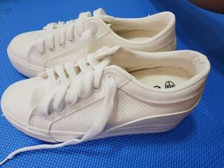 White Rubber Shoes for Sale