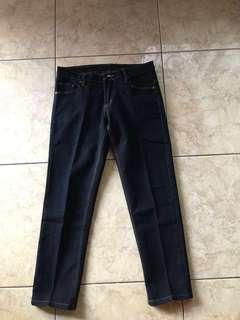 Celana Jeans Levis Second like new murah