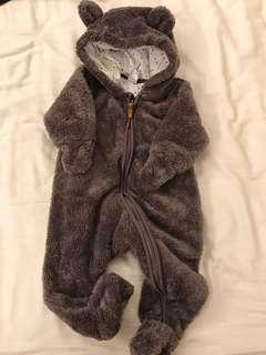 🚚 H&M熊熊包腳連身衣