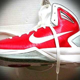 Repriced!!Nike Hyperdunk Basketball