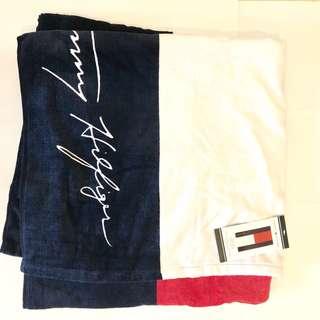 🚚 Tommy 海灘毛巾