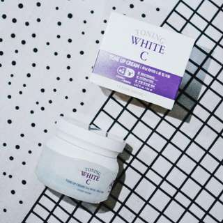 Toning white C tone up cream