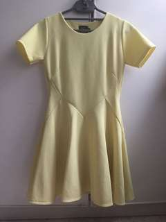 Dress with Short Sleeve
