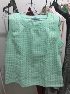 LEAF Pastel Quilted Top.