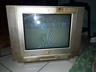 tv LG layar 14in