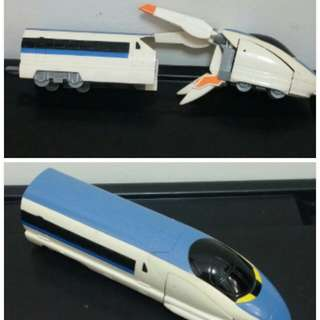 TOMY可變形火車頭(1台130元)