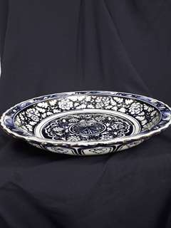 Yuen dynasty B n W plate decorated with linked flowers n 8 auspicious fortune icons. 46cm diameterx 8.2cm high. 元到代青花大盘。非常美丽的五層花卉吉祥如意纹彩。