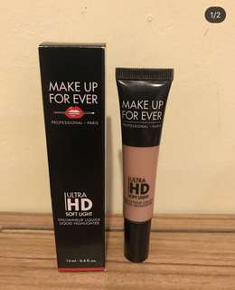 Make up forever ultra hd softlight liquid Highlighter