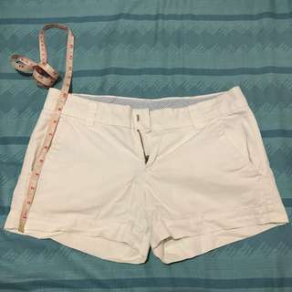 Uniqlo White Short