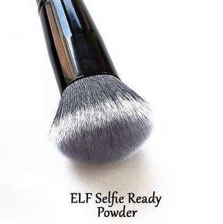 e.l.f. elf Selfie Ready Powder Blurring Brush