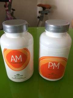 AM & PM ESSENTIALS By Jeunesse