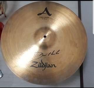 "Zildjian 19"" A thin crash with Dennis Chambers signature"