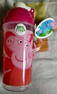 BNWT Peppa Pig Water Bottle (BPA Free)