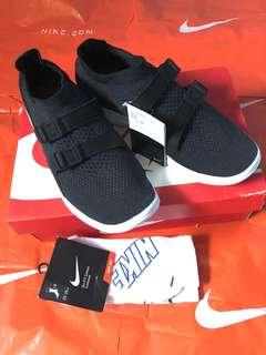 Nike Air Sockracer Flyknit Black