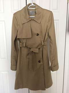 maternity coat in medium size