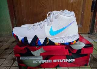 Nike kyrie 4 marc madness