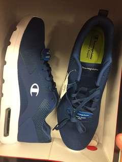 Sepatu champion pria